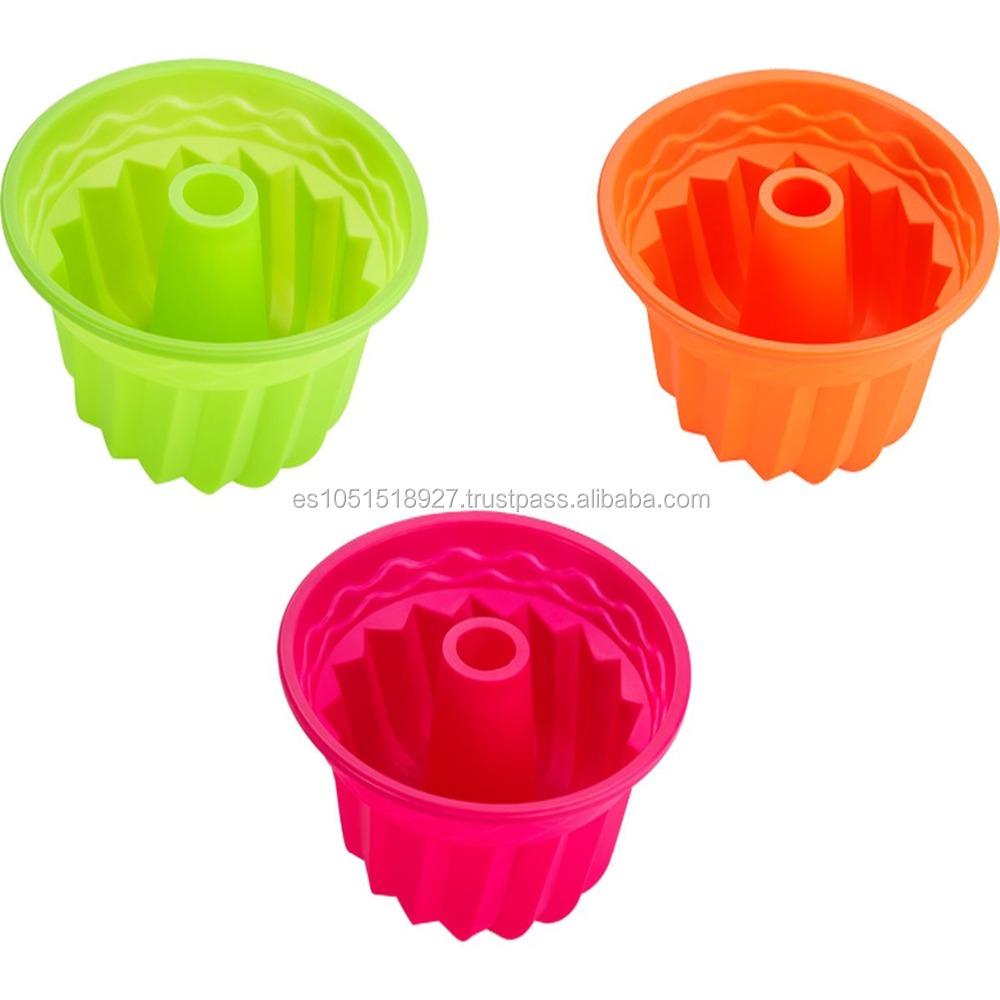 Colored cupcake silicone mold perfectly adaptable and flexible