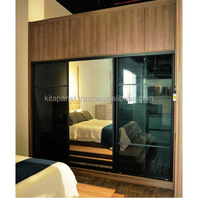 High Quality Modern Wooden Style Built-In Melamine Faced Chipboard Wardrobe With Sliding Mirror Glass Door