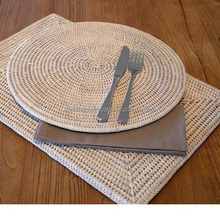 White round hand woven rattan placemat