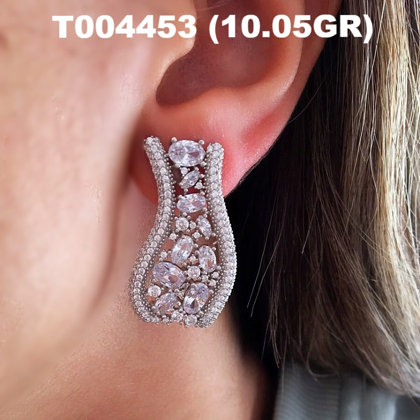 Wholesale Handmade Ear Cuff Earrings Jewelry 925 Sterling Silver With Baguette Stone
