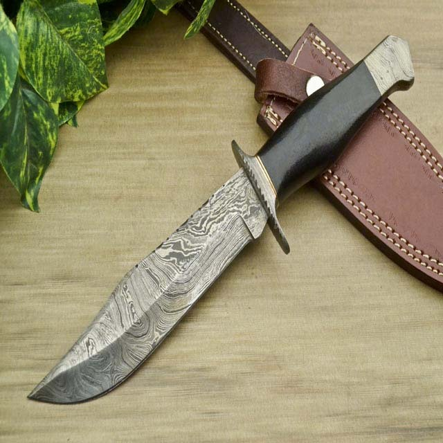 New Sale Custom handmade Damascus steel Hunting knife - Micarta Handle -