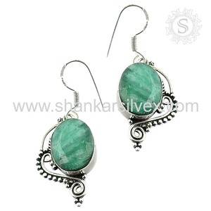 Graceful silver earring fashion jewelry 925 sterling emerald gemstone jewellery wholesale supplier
