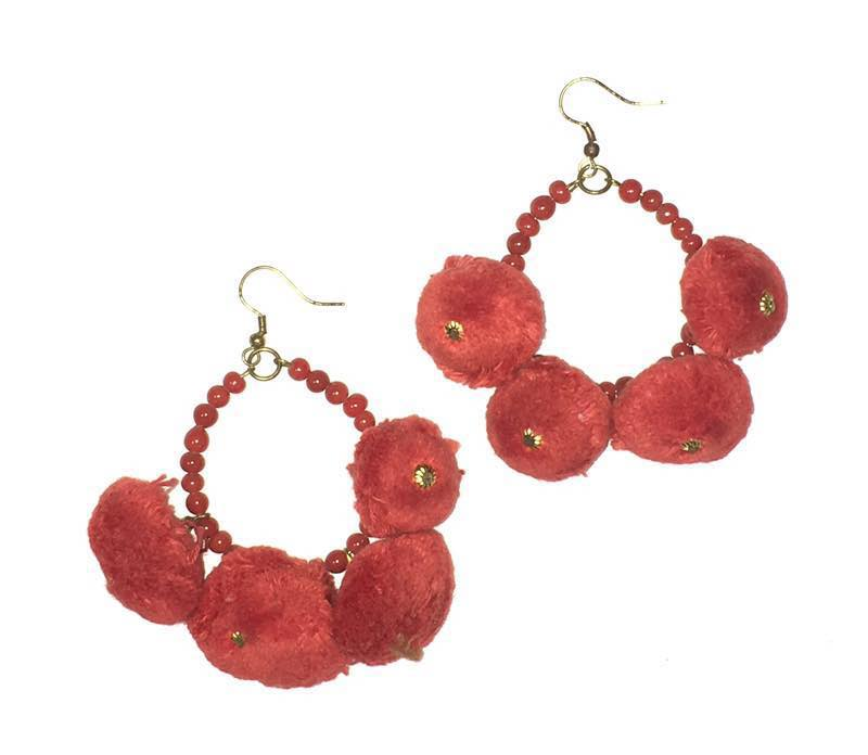Beads India Red Pom Pom 1404132 Earrings/ Discount breaker above 240 pairs