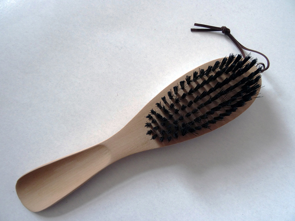 Clothes cleaning brush coat brush