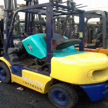 second hand used forklift truck Komatsu 3 ton mini size used FD-30 forklift for sale