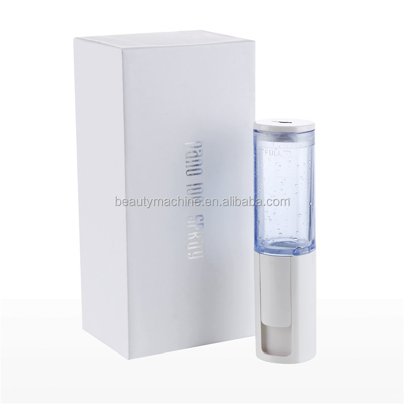 Personal use nano mist spray facial moisturizing device