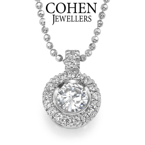 Fine classical bridal pendant, 14K White Gold and natural round cut Diamonds, 0.7 carats