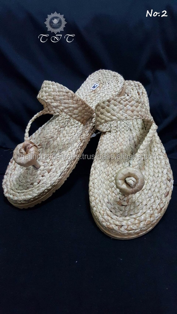 Thailand ladies natural straw handmade women shoes / Sandals / Flip Flops / Slippers / Beach / Summer