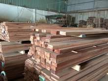 ACACIA WOOD/RUBBER WOOD/PINE WOOD TIMBER FOR WOODEN PALLET