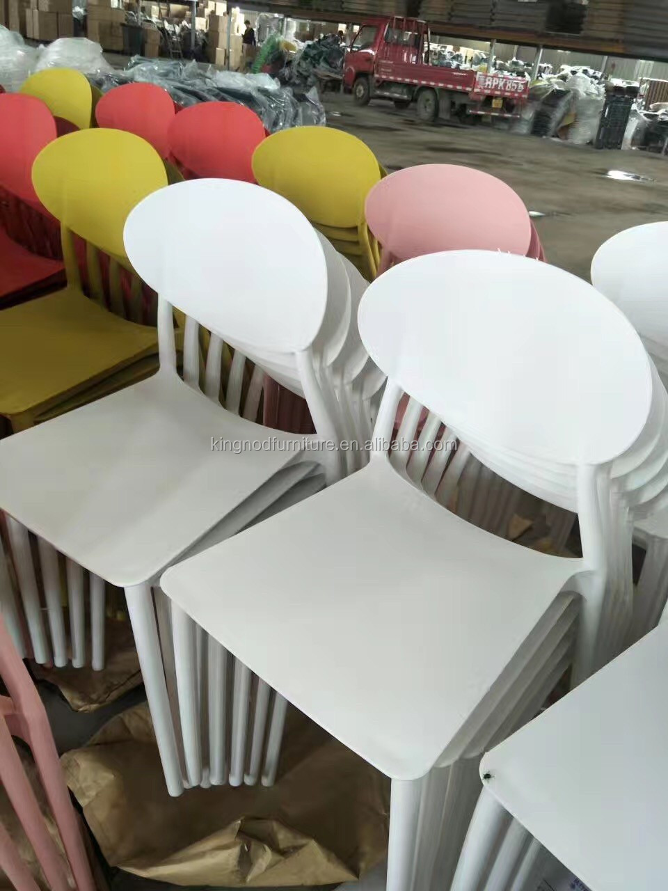 Modern Cheap Pp Leisure Garden Dining Chair Space Saving Pp Plastic Chair
