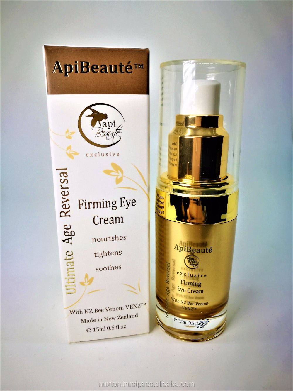 ApiBeaute: New Zealand Manuka Honey and Bee Venom Firming Eye Cream