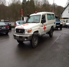 ref 1197 - Land Cruiser 4x4 HZJ 78 Metal Top Ambulance Pack Plus