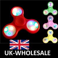 2017 NEW Latest Design LED Flashing Light Kids Colour FIDGET TRI Spinner EDC Bearing Toy - UK WHOLESALE