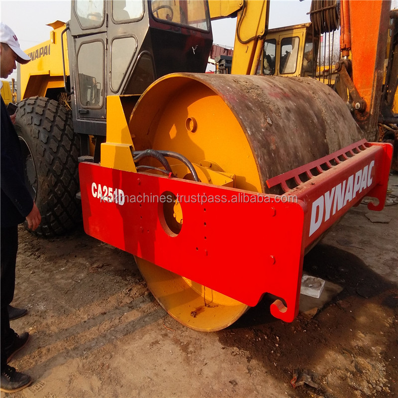 Single drum used smooth dynapac ca251d road roller on sale