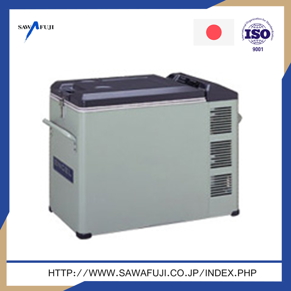 AC / DC power supply refrigerator with lock and key,mini refrigerator for medicine with locking door