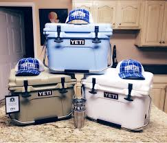 ALL NEW Yetys Roadie Cooler YR20W Free T Shirt And Caps