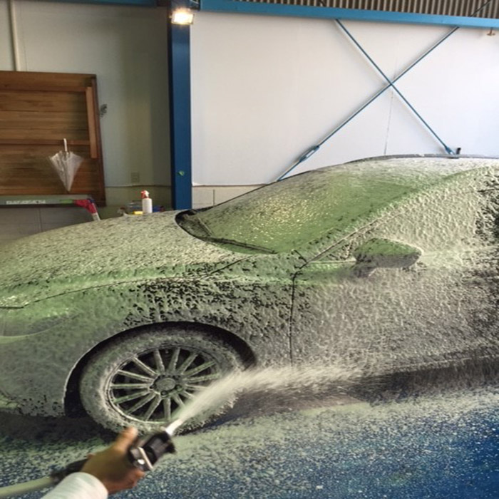 Water repellent and oxidation resistant liquid glass coating for cars, car care polish