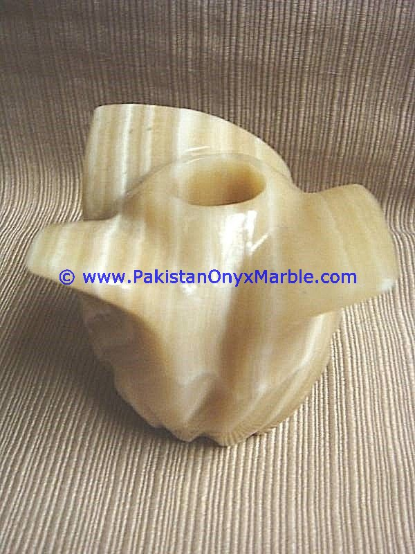 Onyx Crafts Flower Shaped Candle Holder From Pakistan
