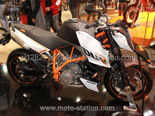 2016/2017 KTM 990 SUPER DUKE R THE ALPHA ANIMAL