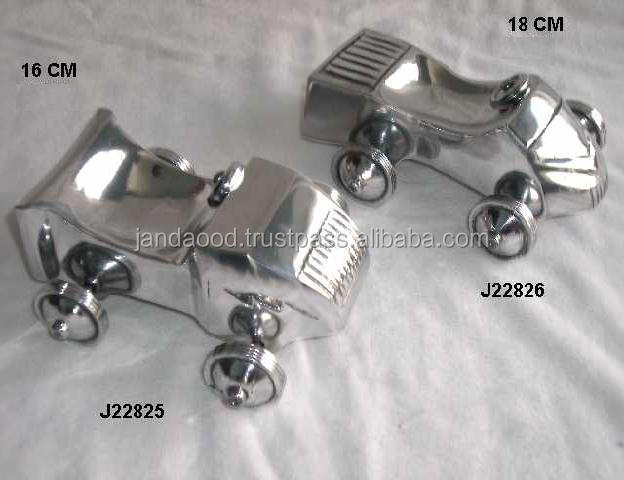 Metal casting antique car replica made in aluminium with mirror polish