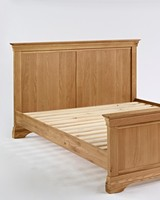 Double Bed/bedroom/oakfurniture