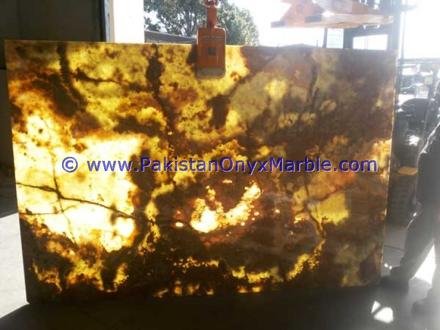 FINE QUALITY NATURAL STONE BACKLIT ONYX SLABS COLLECTION