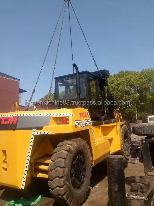 25ton used TCM forklift FD250, secondhand 25ton diesel/manual forklift parts, used TCM forklift 25 ton for sale
