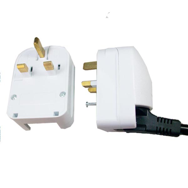European adapter plug.jpg