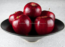 Fresh in-season organic apple for sale 30% off