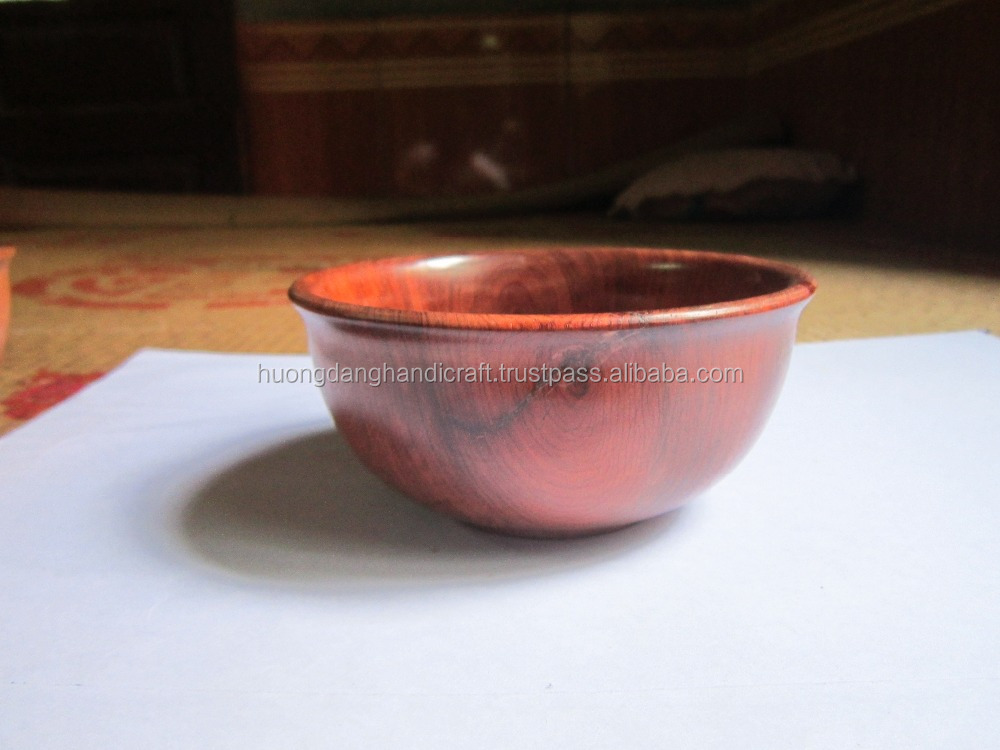 Polished wooden bowl for lunch/dinner serving with high quality and eco-friendly usage