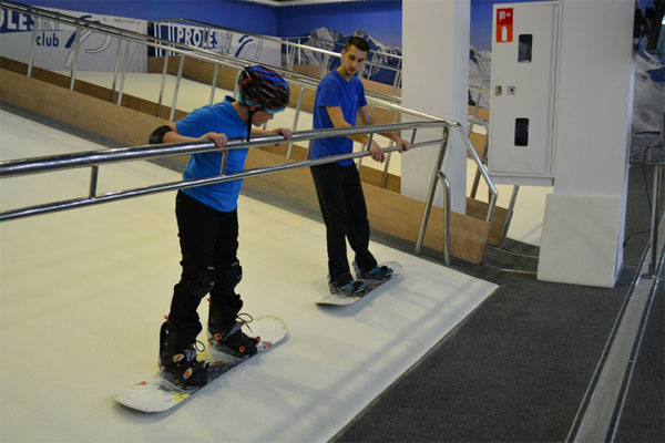 Indoor training on high quality machine Buy in Greece Proleski ski and snowboard simulator Endless ski slopes
