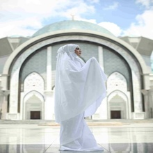 MARYAM WHITE EXCLUSIVE PRAYER HIJAB/TELEKUNG BY LILY JAMEELA