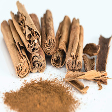 Natural Cinnamon Oil100% Pure CAS No. 8007-80-5