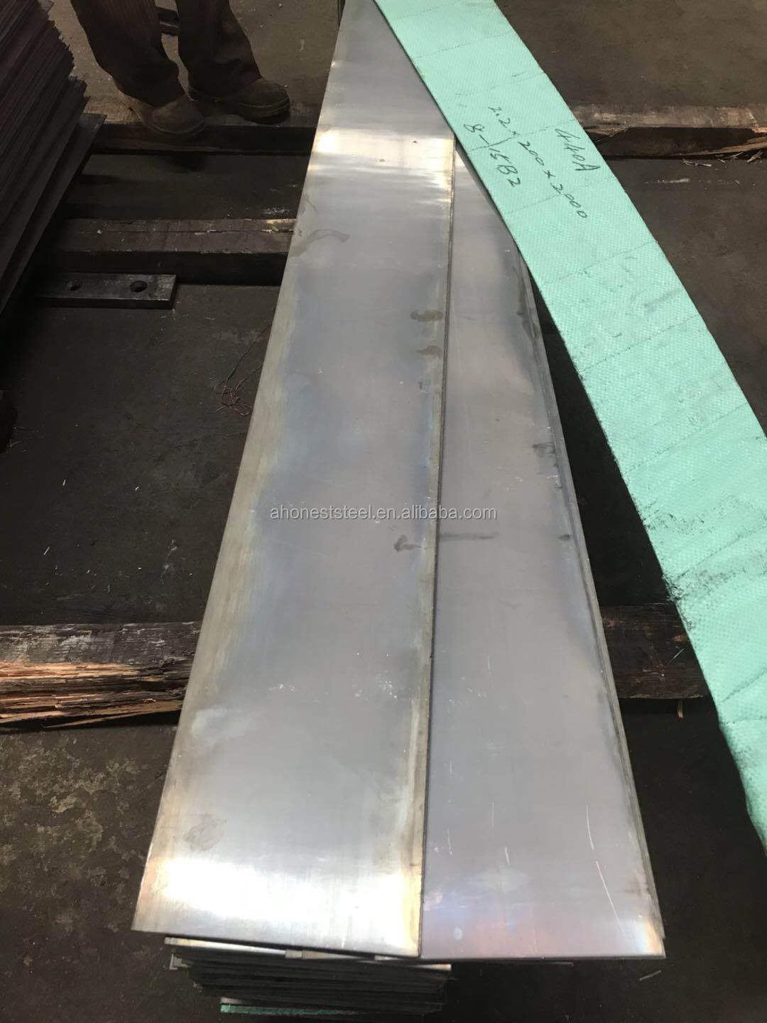 stainless steel sheets AISI 440A, UNS S44002