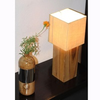 Hot Selling High Quality Gloss Teak Mango Wood Cube Shape Electric Table Lamp with Lampshade for Home Office Restaurants