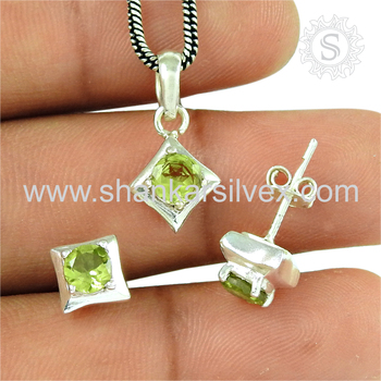 Fantastic green peridot gemstone jewellery set handmade 925 sterling silver jewelry wholesalers