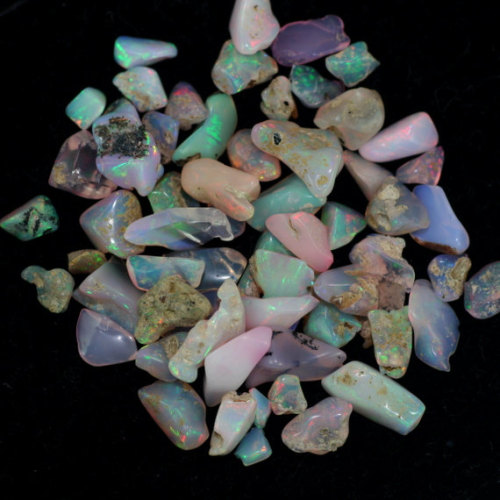 Natural opal gemstone material and rough type ethiopian opal gemstone