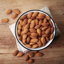 ALMOND / GOOD PRICE / HIGH QUALITY / SNACK / NUTRITIONAL / HEALTH BENEFIT ( Ms Sophie whatsapp +84947 900 124)