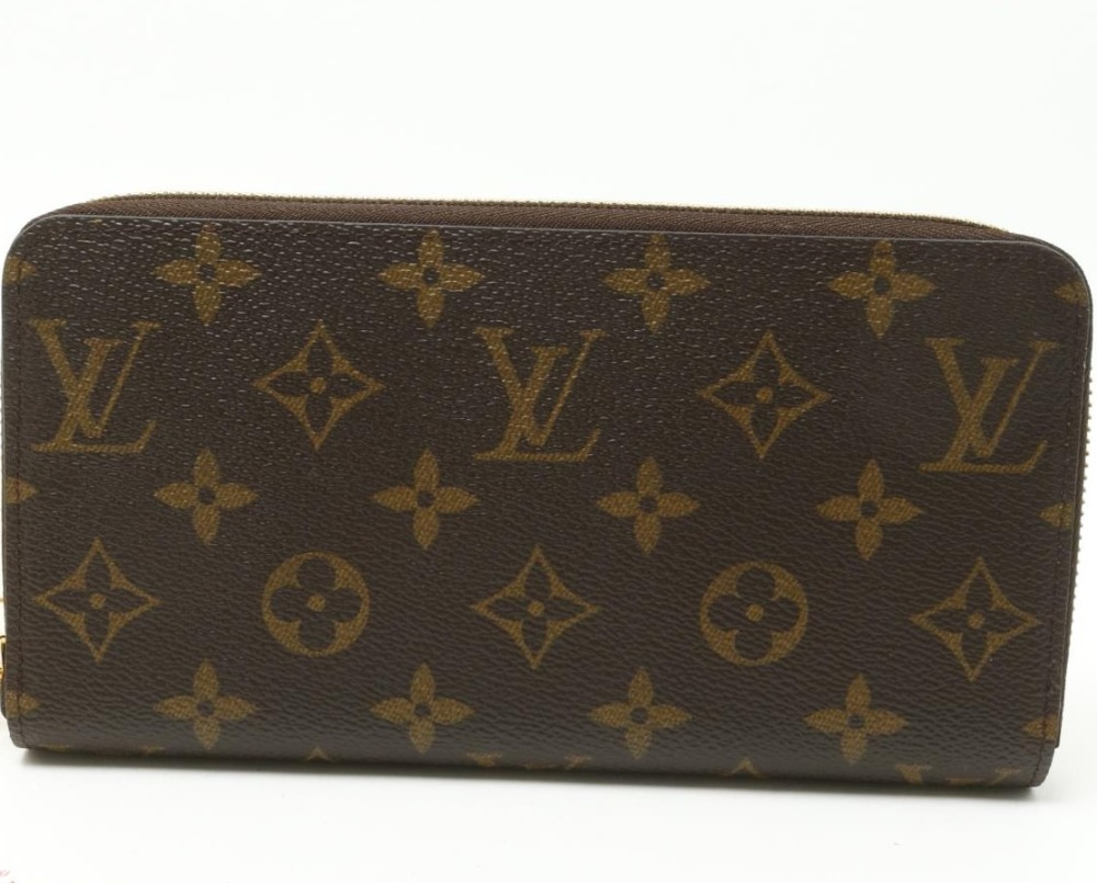 Good quality Luxury BRAND Preowned LOUIS VUITTON M42616 Monogram Zippy Wallets for wholesale to Fashion stores and shop owners.