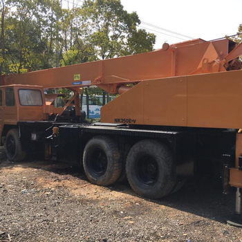 Second hand Clean and Nice heavy equipment Kato NK250 25 ton mobile crane