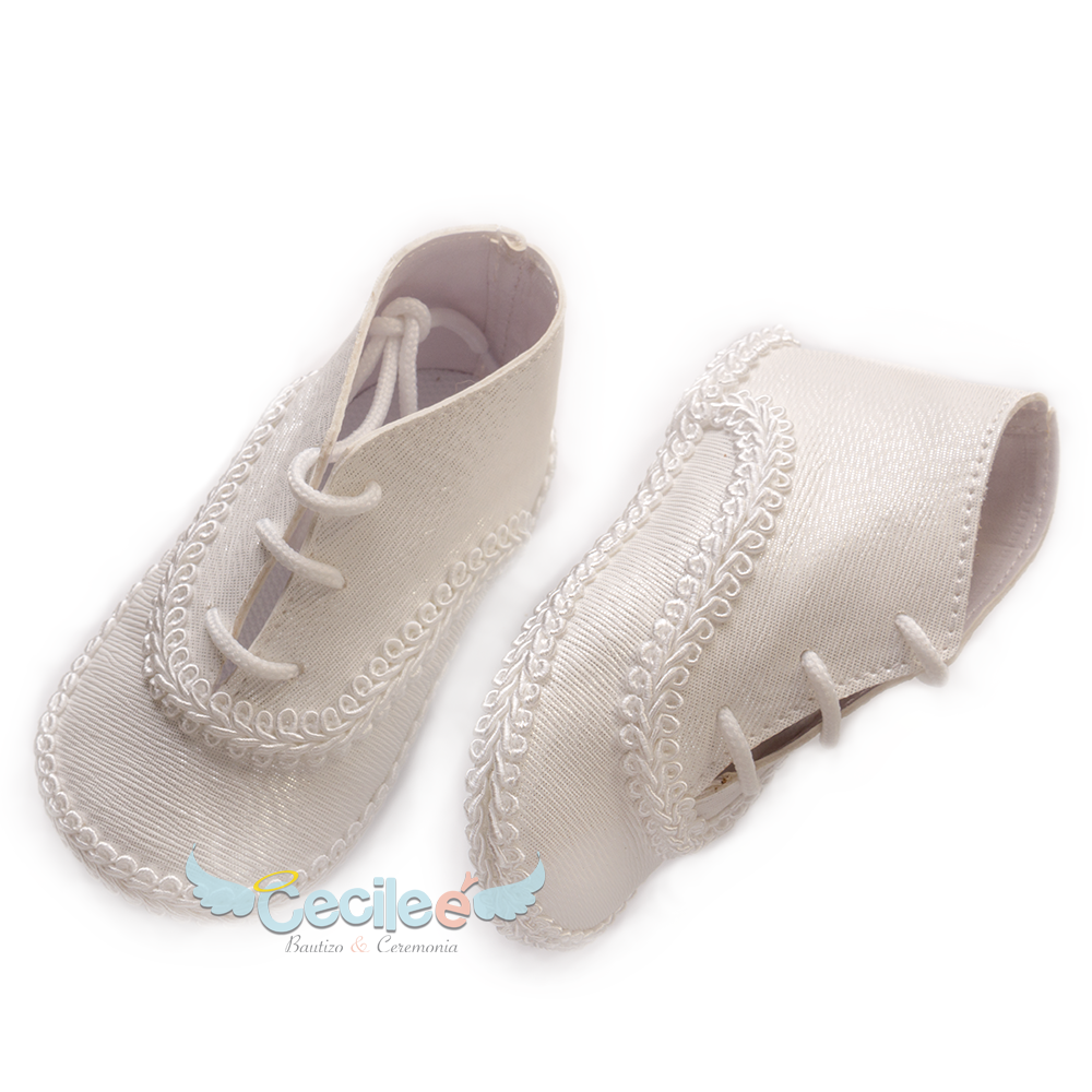 Beautiful shoe for child with lace for the christening of your baby