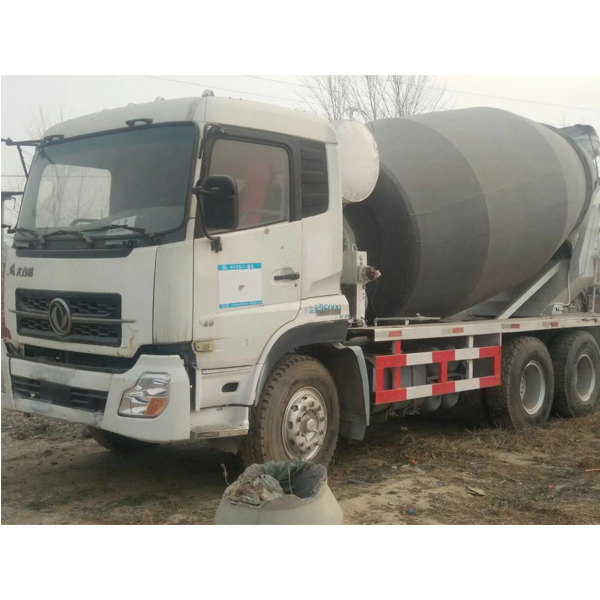 Dongfeng 8 cbm 6*4 2012 used mixer truck