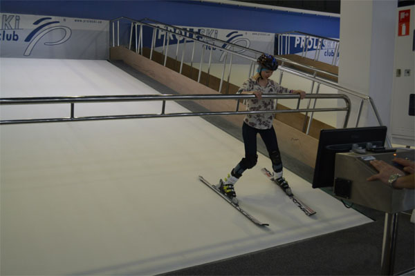 Buy in Russia Proleski endless ski slopes Ski and snowboard on revolving dry slope HQ indoor simulator for body training