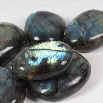 Commercio all'ingrosso Quarzo Naturale Labradorite Lucido Semi Preziosa di Cristallo Tumbled Pietre Curative