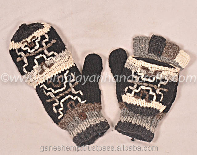 Stylish Black and White Design Hand Knitted Woolen Knitted Hunter Gloves