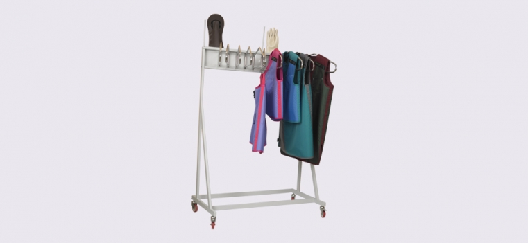 Mobile Storage System with Hangers