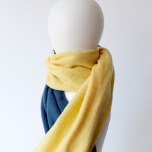 Made in japan neck fabric travel pleated scarf for export