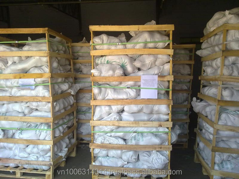 Full-Husked /semi husked matured coconut exporters from Vietnam / Vietnamese Cocos / Tasty Cocos