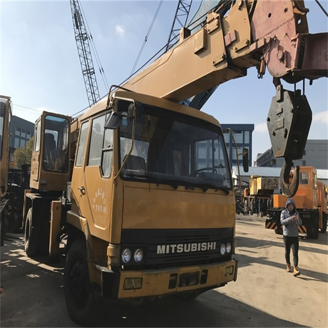 Sufficient Supply Yellow Japan 16 ton Kato Truck Crane NK160E For Sale