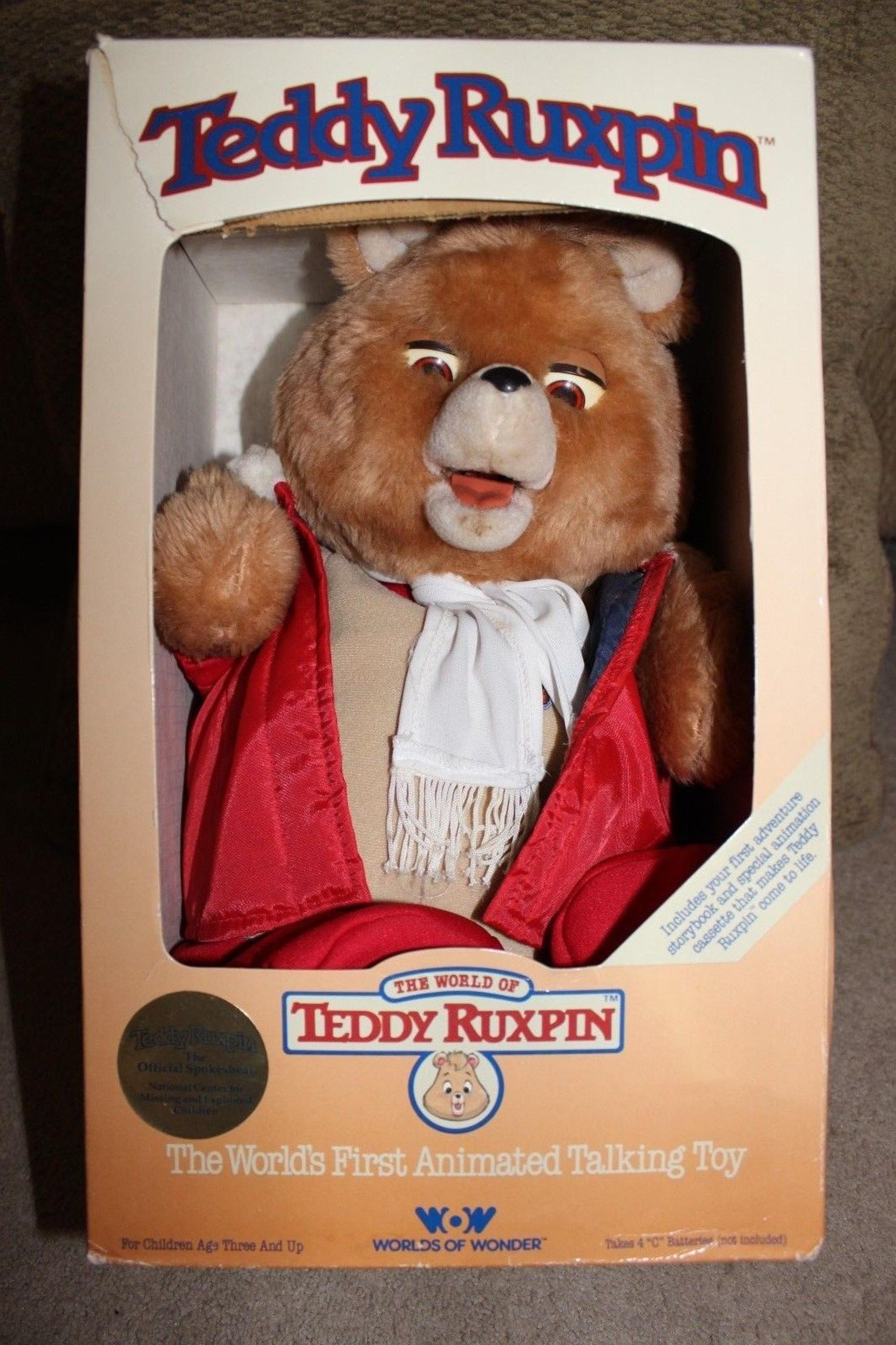 2017 Teddy Ruxpin - Official Return of the Storytime and Magical Bear